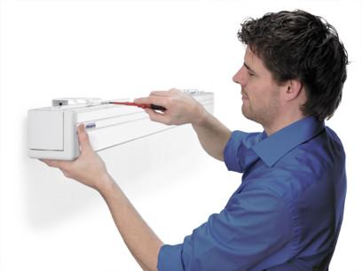 Ecran proiectie Projecta COMPACT RF ELECTROL 16:9, panza Matte White + Telecomanda RF