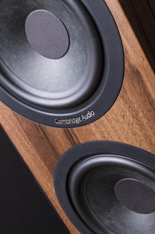 Boxe Cambridge Audio Aero 6