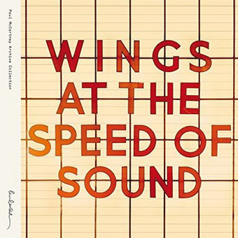 VINIL Universal Records Wings At The Speed Of Sound