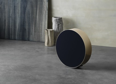 Bang&Olufsen Beosound Edge cu Grile si suport