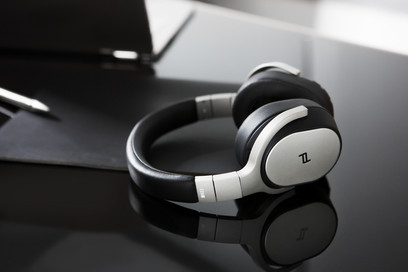 Casti KEF Space One Wireless, Porsche Design, Noise Cancelling