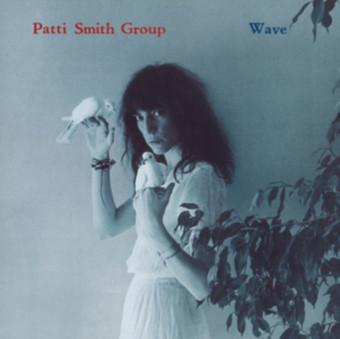 VINIL Universal Records Patti Smith Group - Wave