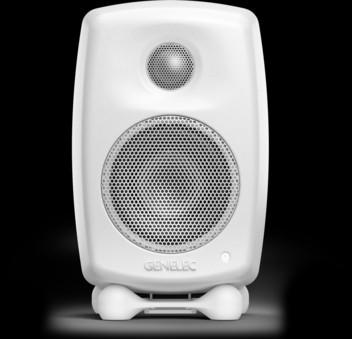 Genelec G One + iFi Audio Nano iDSD