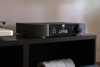 Amplificator MOON by Simaudio ACE
