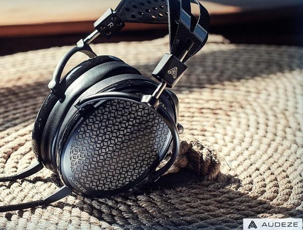 Casti Hi-Fi - pentru audiofili Casti Hi-Fi Audeze CRBN ElectrostaticCasti Hi-Fi Audeze CRBN Electrostatic