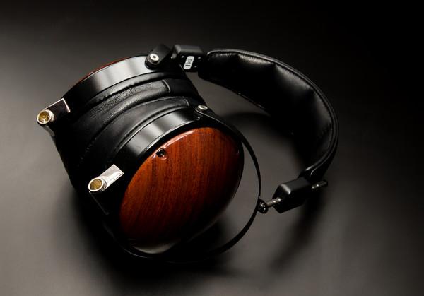 Casti Hi-Fi - pentru audiofili Casti Hi-Fi Audeze LCD-XC ResigilatCasti Hi-Fi Audeze LCD-XC Resigilat