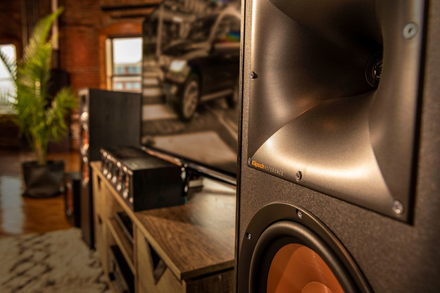 Klipsch Reference Speakers Lifestyle Gnm 13