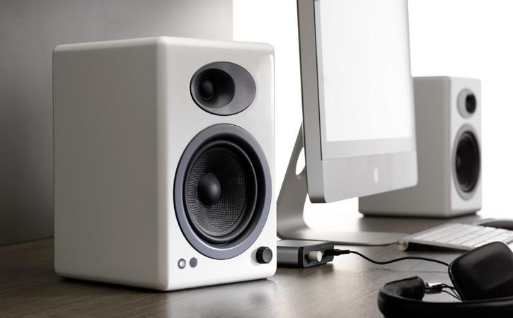 Imagini pentru audioengine a5+