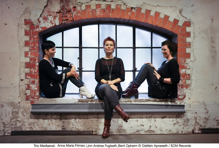 Image result for trio mediaeval